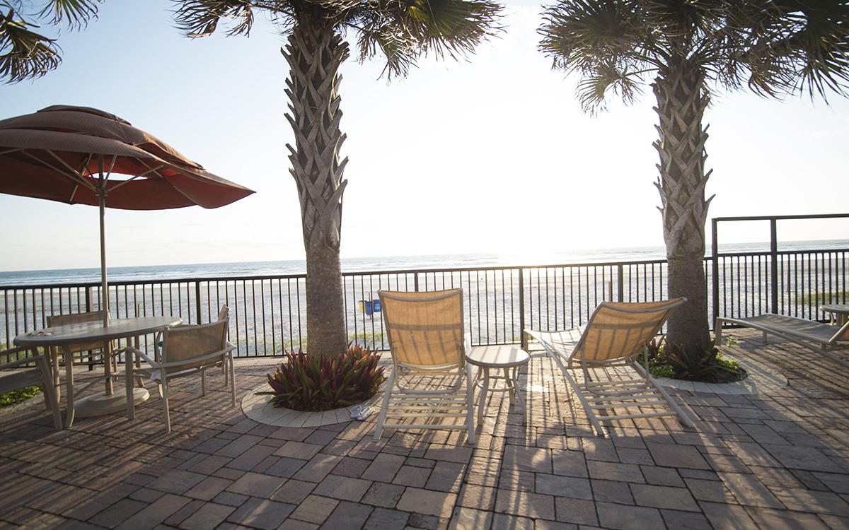 Nautilus Inn  S Atlantic Ave Daytona Beach Fl