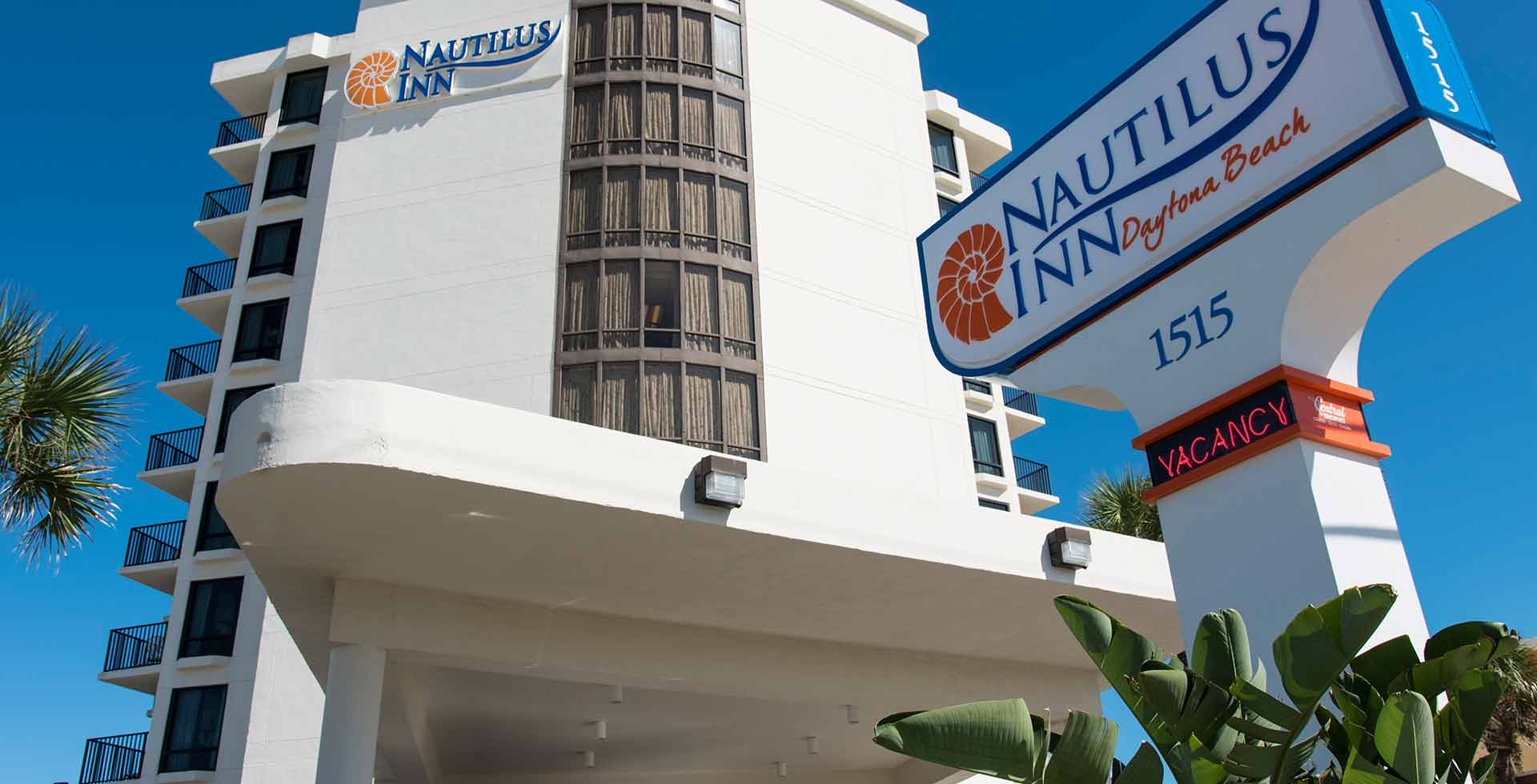 Street view of the Nautilus Inn on Daytona Beach